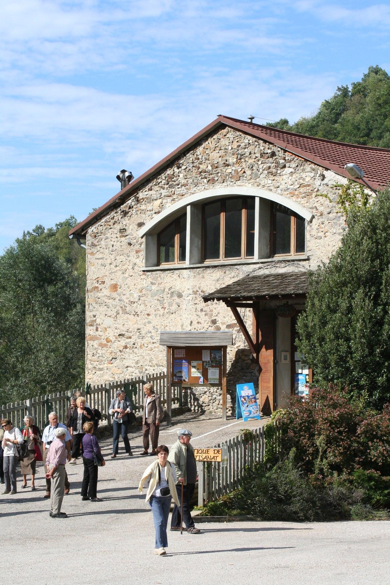 Maison du bois et du jouet tourisme patrimoine pays occitan for Maison ville du bois